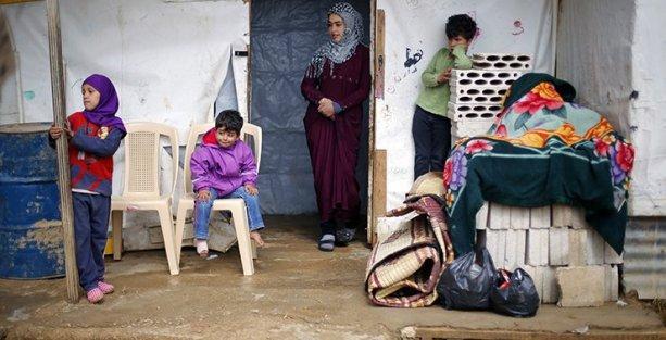 Lübnan'da Suriyeli mülteciler için sokağa çıkma yasağı getirildi