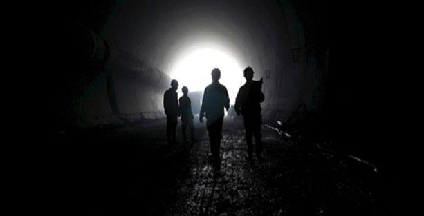 Maden ocağında göçük: 34 işçi mahsur
