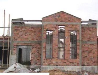 Malatya Ermeni mezarlığında yıkılan bölümün yapımına başlandı
