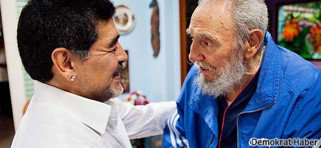 Maradona Fidel Castro'yu ziyaret etti