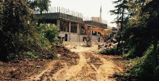 Mazlumder: Yetimhanenin yıkımı durdurulsun, Ermeni yetimlere iade edilsin
