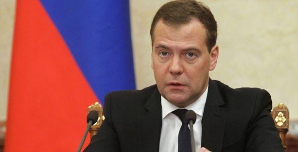 Medvedev: ABD ile ikinci soğuk savaşa doğru gidiyoruz