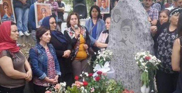 Mehmet Ayvalıtaş mezarı başında anıldı