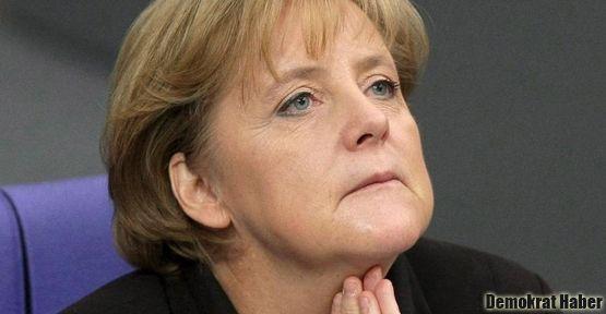 Merkel: Kriz en az 5 yıl devam edebilir