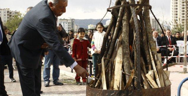 Mersin Cemevi'nde coşkulu Newroz kutlaması