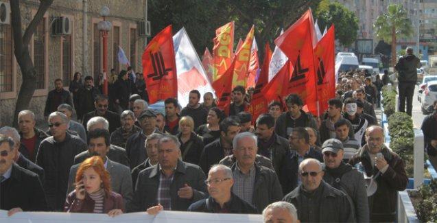 Mersin'de emekçilerden 'paket' protestosu