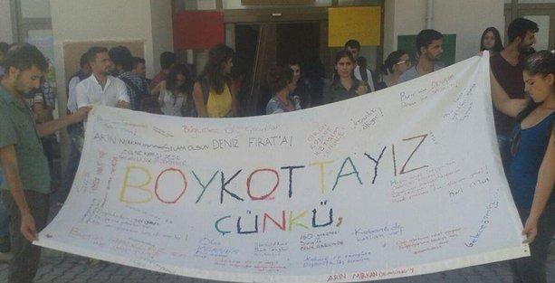 Mersin Üniversitesi'nde Kobani boykotu