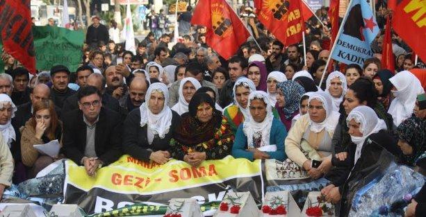 Mersin'de binlerce kişi Roboski için yürüdü