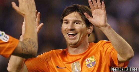 Messi yine uçtu uçurdu