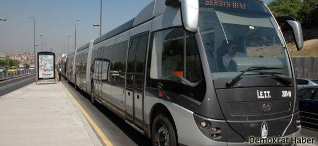 Metrobüs şoföründen yolculara biber gazı