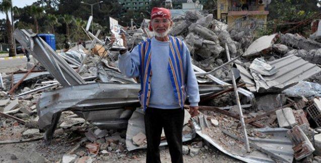 MHP'li belediye önce esnafın 20. yılını kutladı ardından işyerini yıktı
