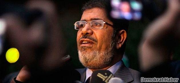 Mısır ordusu: Mursi gözaltında