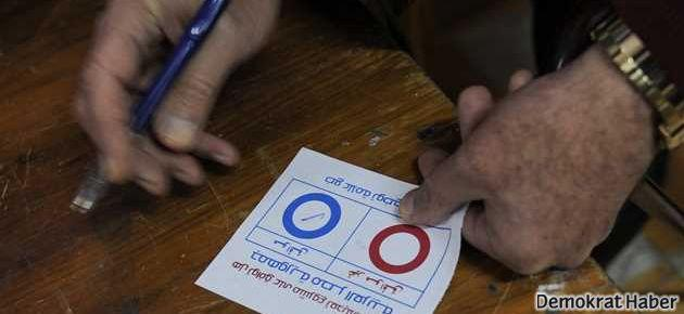 Mısır'da anayasa yüzde 98 oy aldı