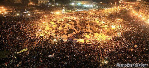 Mısır'da göstericilere 'Camilere sığının' uyarısı