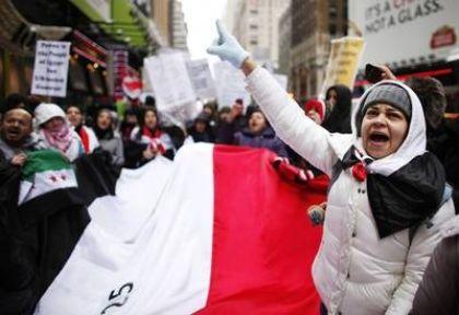 Mısır'da muhalifler geri adım attırdı