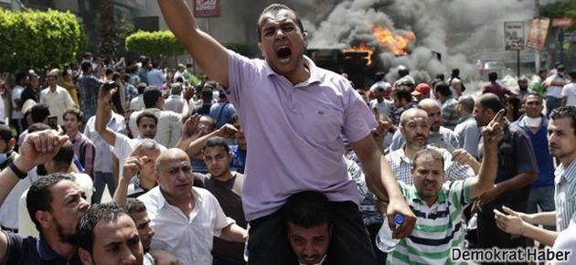 Mısır'da 'Öfke Cuması': En az 14 ölü