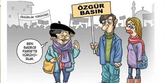 'Mösyö Davutoğlu' Penguen'de: Ben sadece Paris'te yürüyorum