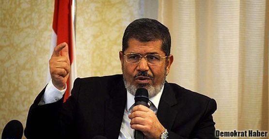 Mursi geri adım attı