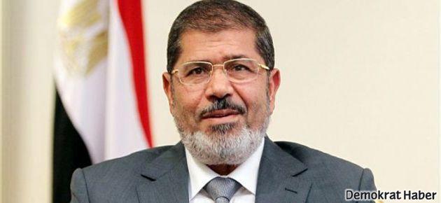 Mursi yönetimi için dava dosyaları hazırlanıyor