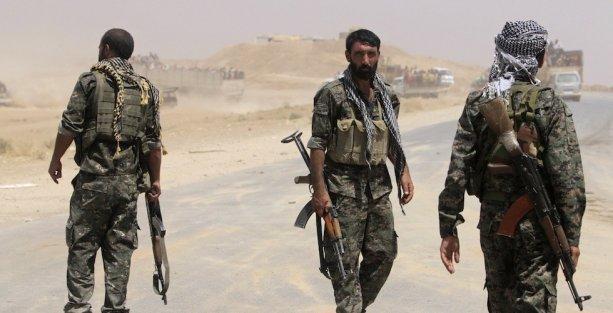 Müslim: Kobani'ye kimse silah yardımı yapmadı