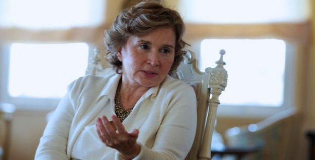 Nazlı Ilıcak'a Başbakan'a hakaretten dava açıldı