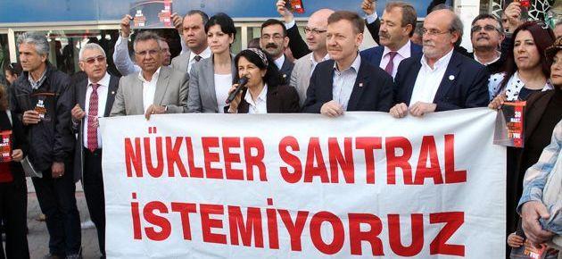 'Nükleere karşı çıkmayan partilere oy vermeyin'