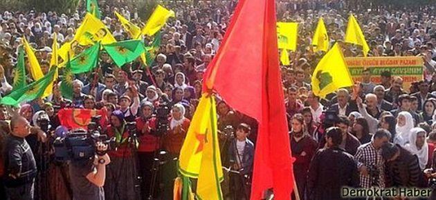 Nusaybin'de 'Utanç Duvarı'na karşı miting