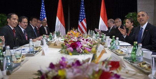 Obama'nın yeni model islam ülkesi Endonezya