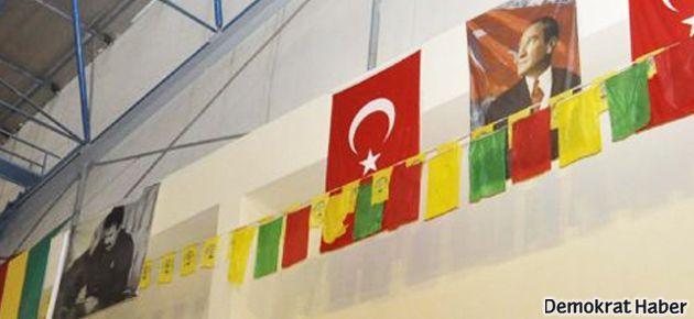 Öcalan ve Atatürk posterleri aynı duvarda buluştu