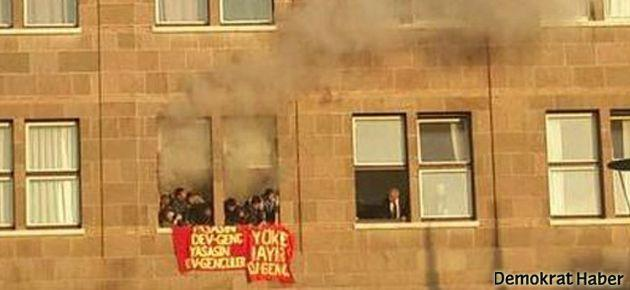 Öğrenciler dekanlığı işgal etti