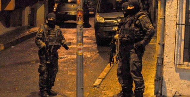 Okmeydanı'nda ev baskınları: Çok sayıda gözaltı