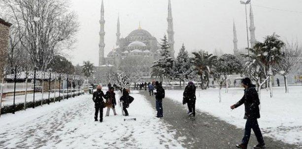 İstanbul'daki okullara 'kar tatili'