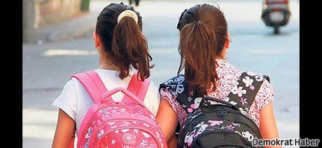 Okullarda tehlikeli ayrışma: Türban ve Atatürk rozetli gerginlik