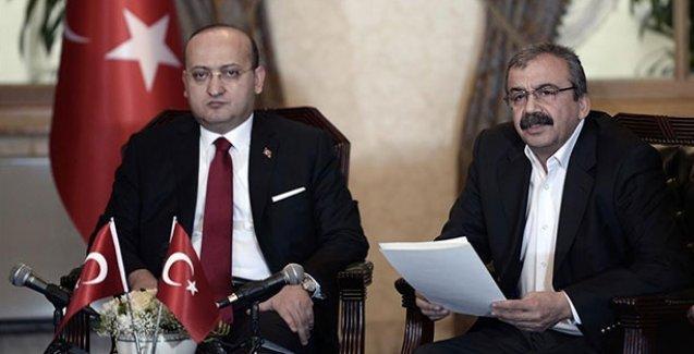 Önder'den Akdoğan'a sert eleştiri