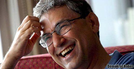 Orhan Pamuk: Ailenin idiotuydum