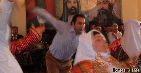 'Osmanlı Alevileri katlediyordu, AKP Aleviliği!'