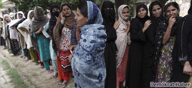Pakistan'da kadınlara sokağa çıkma yasağı