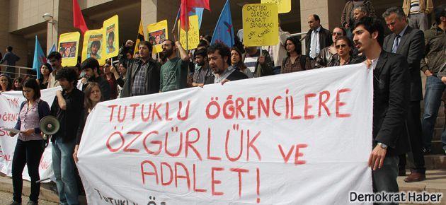 Pamukkale Üniversitesi öğrencileri serbest