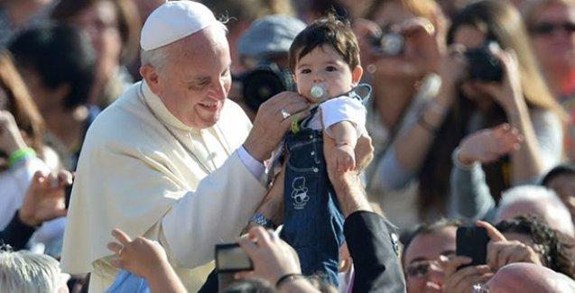 Papa da çocuk sayısına karıştı: İdeal çocuk sayısı...