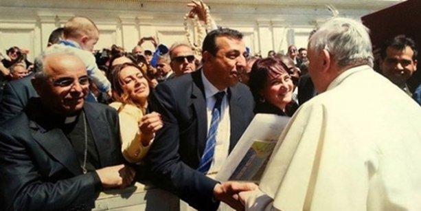 Papa, Kürt siyasetçiyi davet etti