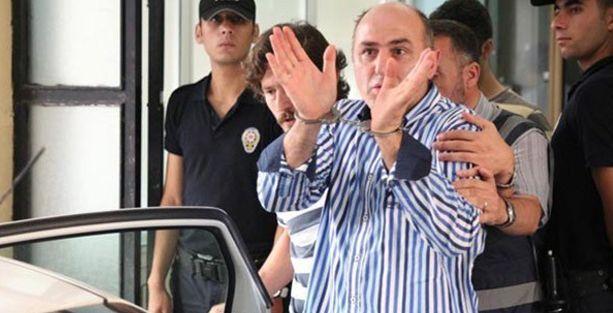 12 polis daha tutuklandı