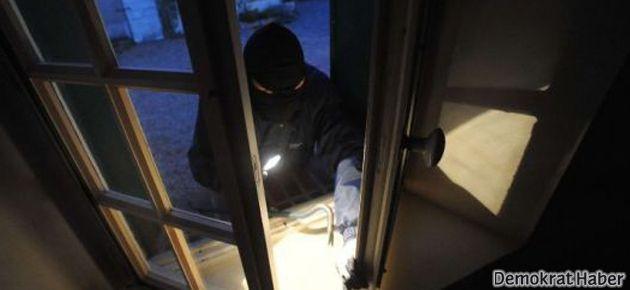Paris suikasti dosyasına bakan hakimin evine hırsız girdi