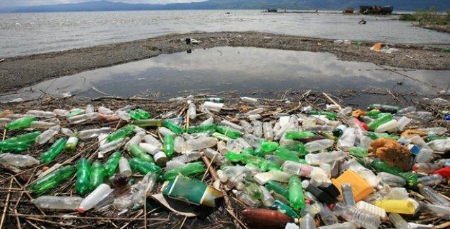 Plastik çöpler çevreyi tehdit ediyor