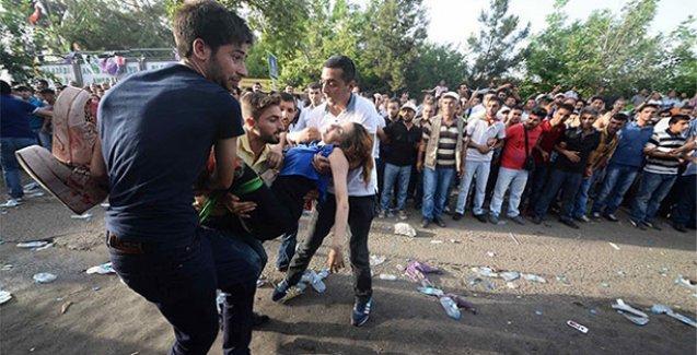Polis, bombalanan HDP mitingindeki mesaisi için ödül istedi