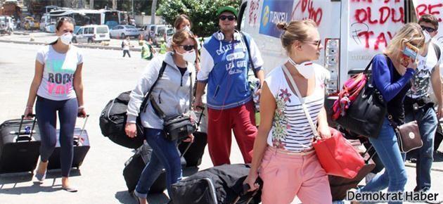 Polis gazı turistleri kaçırıyor