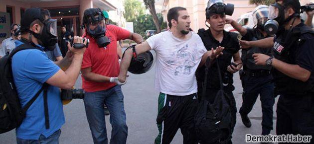 Polis hastaneye sığınan göstericileri gözaltına aldı!