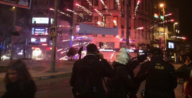 Polis Kadıköy'de de saldırdı