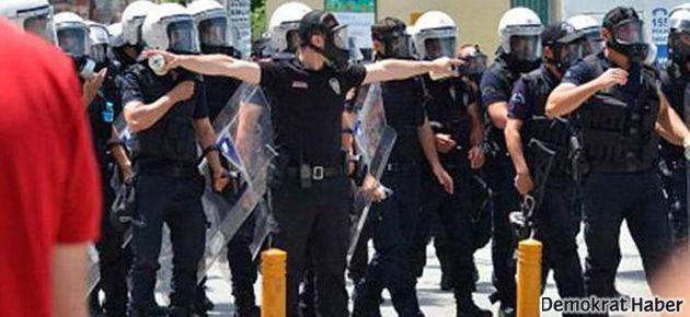 Polis Taksim'e TOMA ile müdahale etti