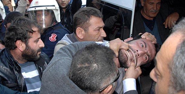 Polis taziye çadırına saldırıp böyle gözaltına aldı