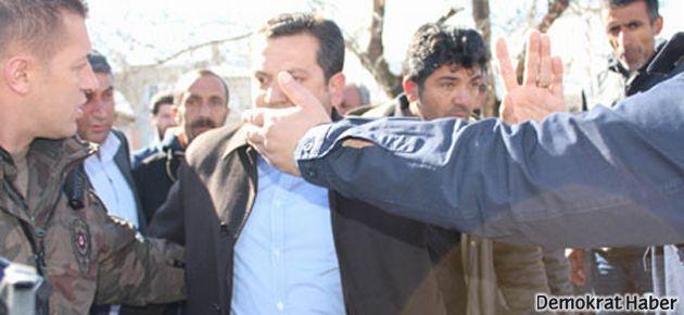 Polisten BDP'li vekile: Kafana sıkayım mı?